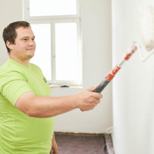 Wand und Decke streichen